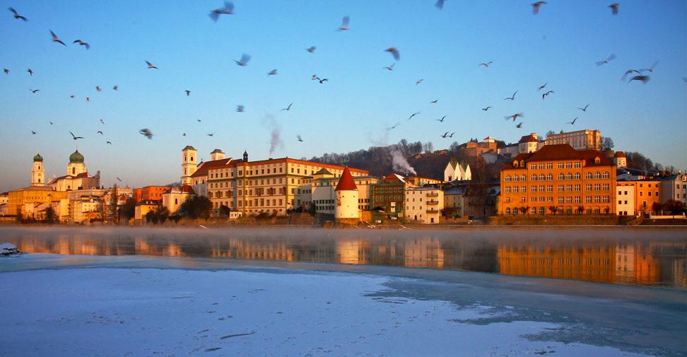 Immo Radlsbeck Startseite - Stadt Passau aus Sicht des Inns
